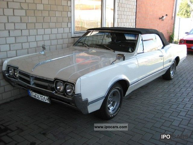 1966 Oldsmobile  Cutlass Convertible Cabrio / roadster Used vehicle photo