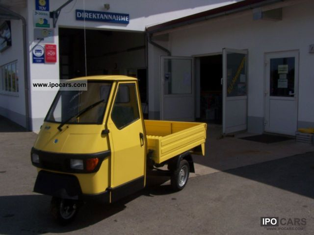 2011 Piaggio  APE 50 flatbed yellow - IN STOCK - Off-road Vehicle/Pickup Truck New vehicle photo