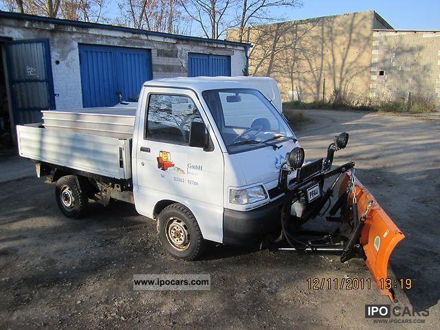 2000 Piaggio  Snow plow trucks Other Used vehicle photo