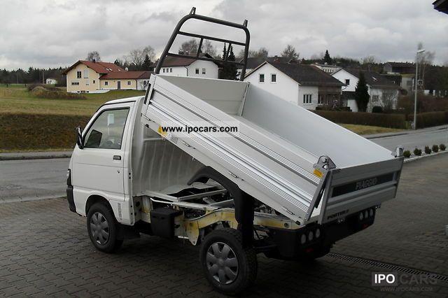 2011 Piaggio  Trucks with minor injuries Other New vehicle photo
