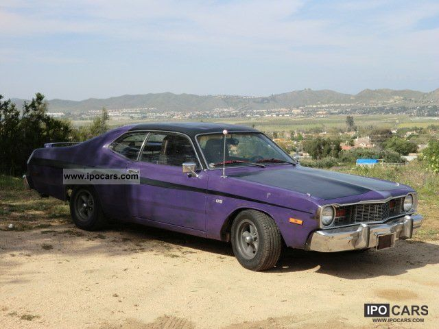 Plymouth  DUSTER MOPAR V8 RACE LOOK 4-speed switch 1976 Race Cars photo