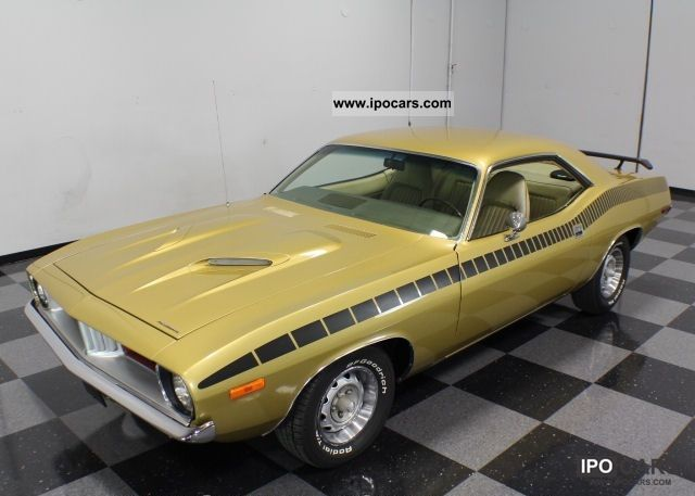 1972 Plymouth  Vintage Barracuda 1972 (U.S. price) Sports car/Coupe Classic Vehicle 			(business photo
