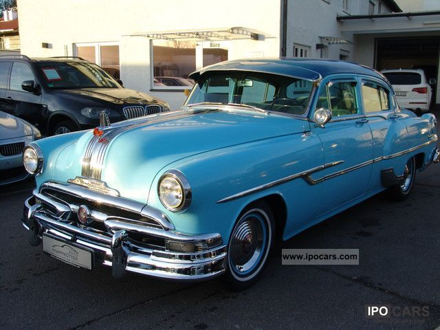 1953 Pontiac  Chieftain Deluxe, vintage-approval Limousine Used vehicle photo