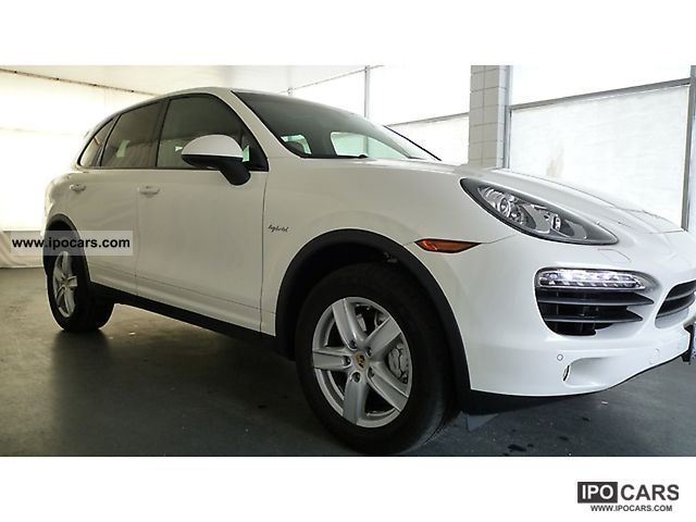 2011 Porsche  Cayenne S Tiptronic S Hybrid Off-road Vehicle/Pickup Truck Used vehicle photo