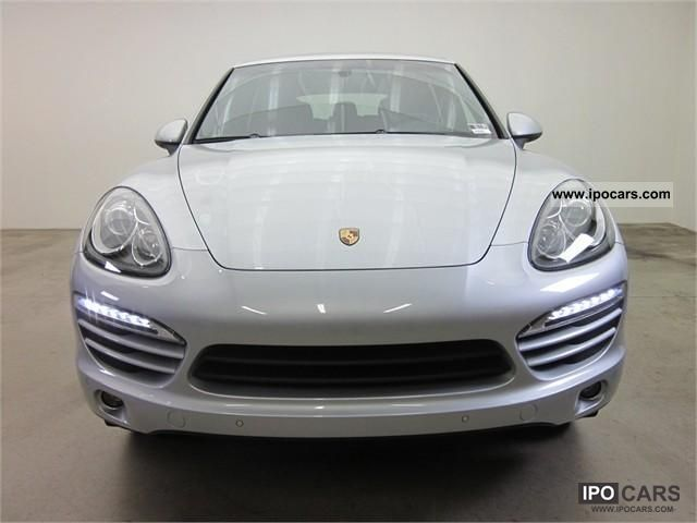 2011 Porsche  CAYENNE V6 = 2011 = Off-road Vehicle/Pickup Truck New vehicle 			(business photo