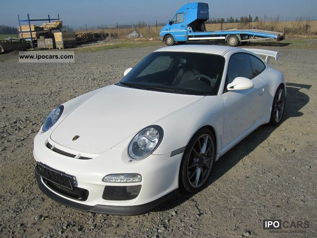 2010 Porsche  GT3 320kw Sports car/Coupe Used vehicle photo