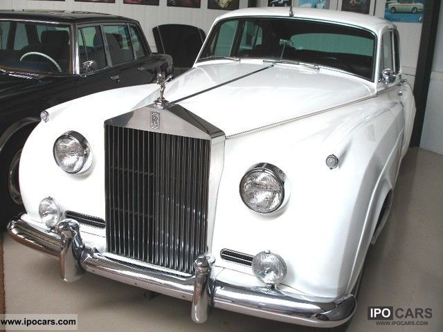 1960 Rolls Royce  Silver Cloud Limousine Used vehicle photo