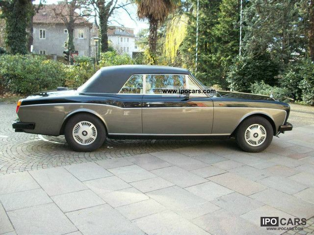 1987 Rolls Royce  Corniche Cabrio / roadster Used vehicle photo