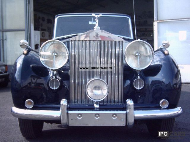 Rolls Royce  Enclosed Drive Silver Wraith Limousine 1950 Vintage, Classic and Old Cars photo