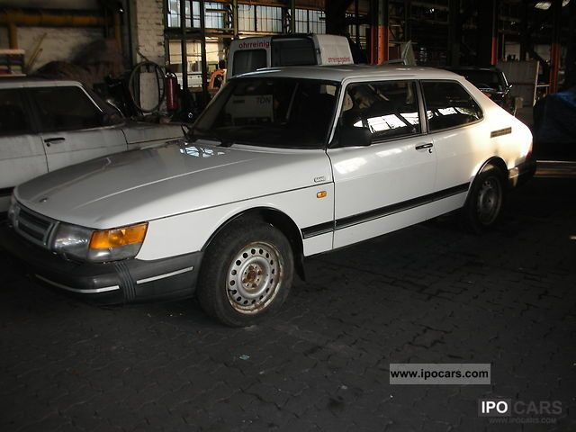 1990 Saab  900 i Sports car/Coupe Used vehicle photo