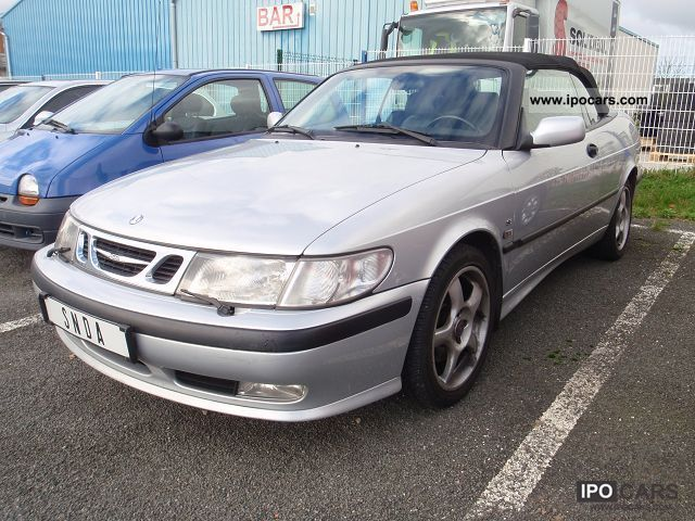 2000 Saab  9-3 CONVERTIBLE 2.0T SE 154CH BA Cabrio / roadster Used vehicle photo