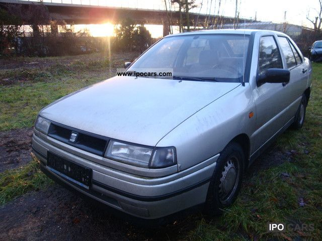 1994 seat toledo sv zv ahk 5t rig car photo and specs. Black Bedroom Furniture Sets. Home Design Ideas