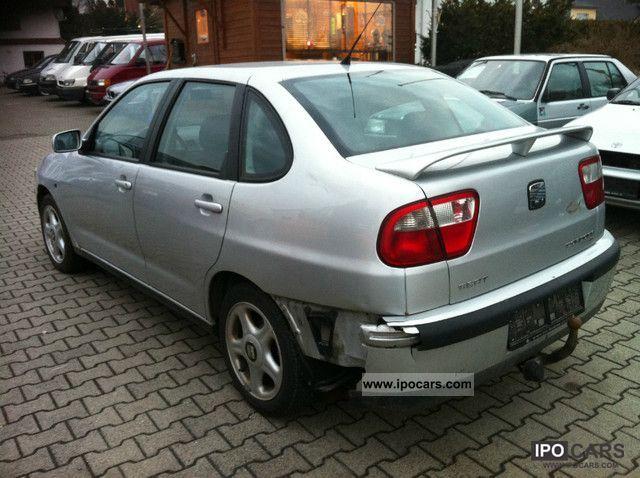 2000 seat cordoba 1 9 tdi signo climate car photo and specs for Interieur seat cordoba 2000