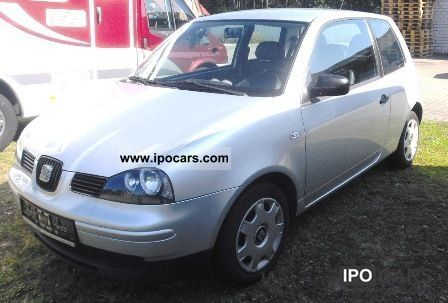 2004 Seat  1.0 Small Car Used vehicle photo