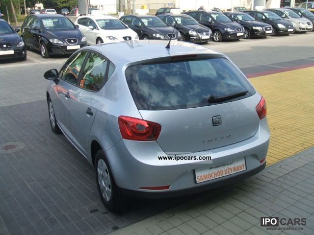 2010 seat ibiza reference car photo and specs. Black Bedroom Furniture Sets. Home Design Ideas