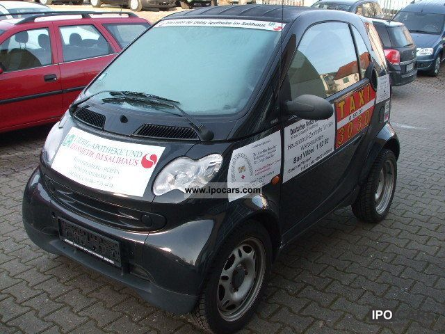 2006 smart smart fortwo pure coupe 4 car photo and specs. Black Bedroom Furniture Sets. Home Design Ideas