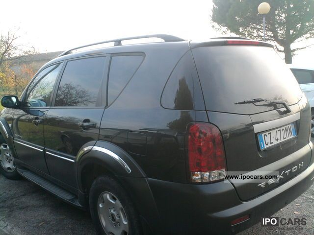 2006 ssangyong rexton car photo and specs. Black Bedroom Furniture Sets. Home Design Ideas