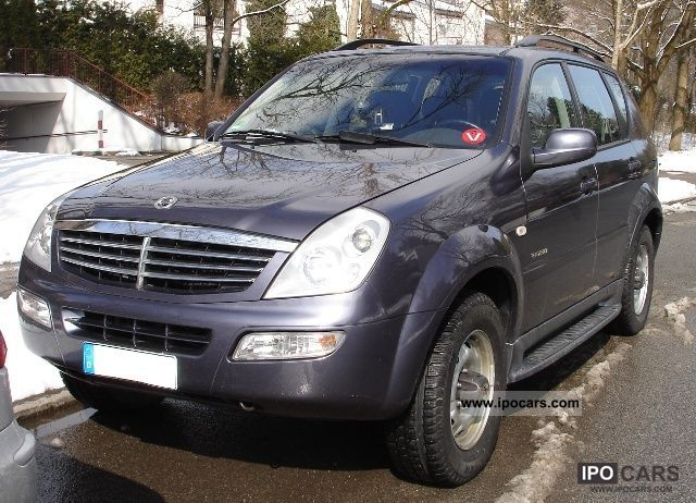 2007 ssangyong rexton 230 car photo and specs. Black Bedroom Furniture Sets. Home Design Ideas