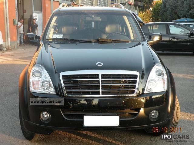 2009 ssangyong rexton xdi rx 270 4 s car photo and specs. Black Bedroom Furniture Sets. Home Design Ideas