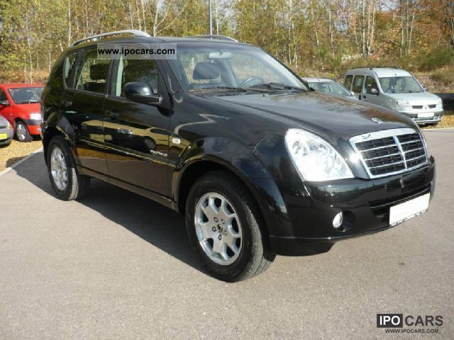 2008 ssangyong rexton rx 270 xdi 3 car photo and specs. Black Bedroom Furniture Sets. Home Design Ideas