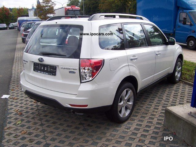 2012 subaru forester 2 0 d euro 5 days car photo and specs. Black Bedroom Furniture Sets. Home Design Ideas