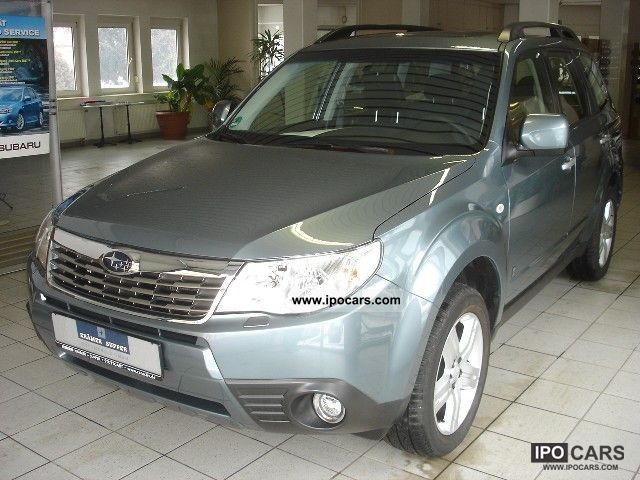 2011 Subaru  Forester 2.5 X Forester Comfort Comfort Off-road Vehicle/Pickup Truck Used vehicle photo