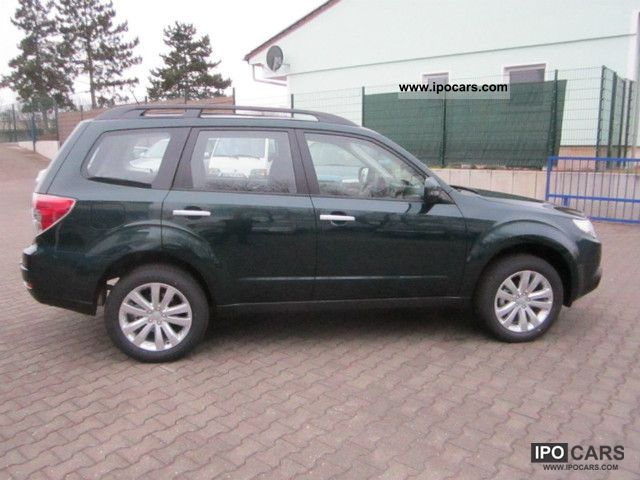 2012 subaru forester 2 0x automatic comfort car photo. Black Bedroom Furniture Sets. Home Design Ideas
