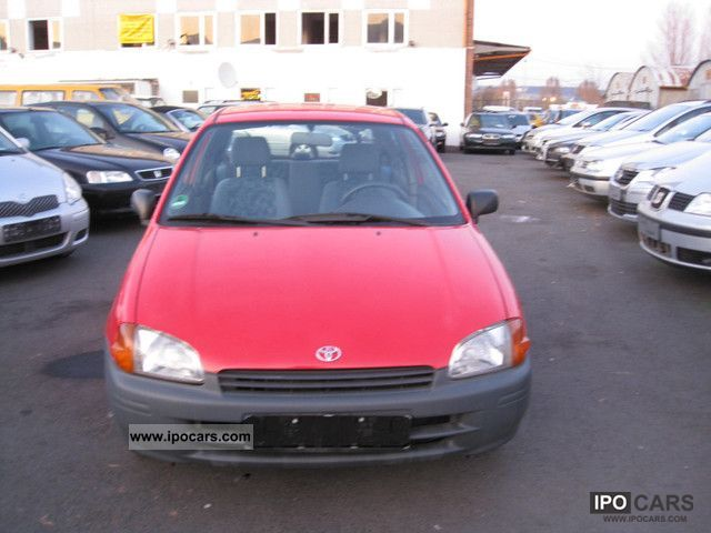 1998 Toyota  Starlet Small Car Used vehicle photo