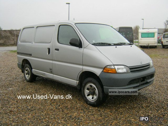 1997 Toyota  HiAce TD 4x4 .. Van / Minibus Used vehicle photo