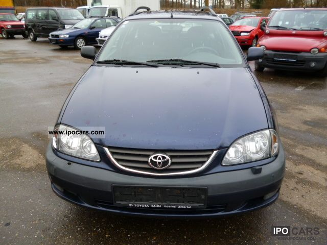 2001 Toyota Avensis 2.0 D4D Combi - Car Photo and Specs