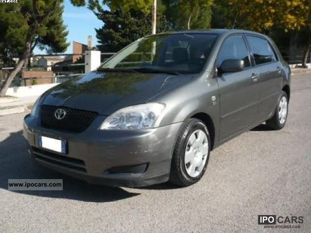 2002 Toyota  Corolla 2.0 D-4D 90CV 5pt. Limousine Used vehicle photo