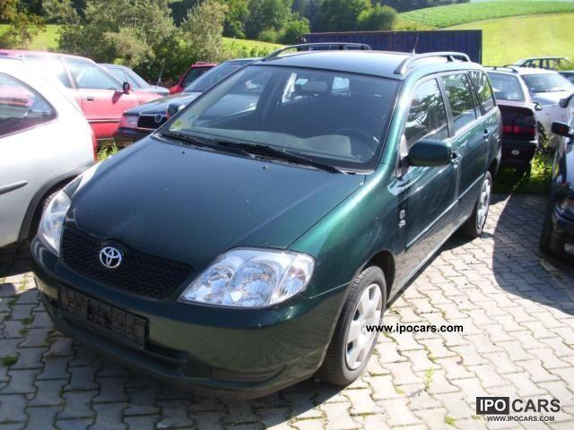 2004 Toyota  Corolla 2.0 D-4D Combi Estate Car Used vehicle photo