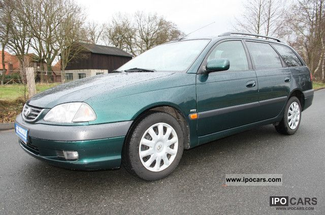 2003 Toyota  Avensis 1.8 linear combinations such 1.Hand Klimaautom. Estate Car Used vehicle photo