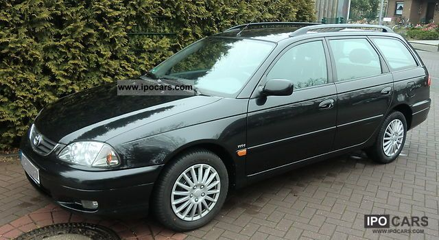 2002 toyota avensis 1 8 combi style car photo and specs. Black Bedroom Furniture Sets. Home Design Ideas