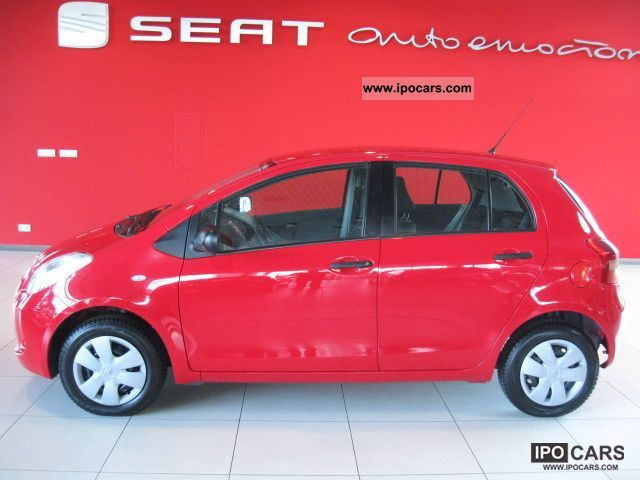2007 toyota yaris ii f a vat 6 m cy gwarancji car photo. Black Bedroom Furniture Sets. Home Design Ideas