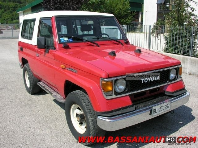 1988 Toyota  Land Cruiser II 2.4 turbo diesel Estate Car Used vehicle photo