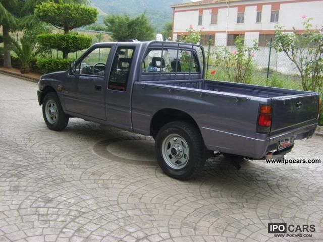 1990 toyota isuzu 4x4 pick up campo 2 2 td posti ottimo. Black Bedroom Furniture Sets. Home Design Ideas