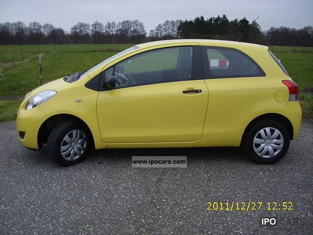 2009 toyota yaris 1 0 vvt i car photo and specs. Black Bedroom Furniture Sets. Home Design Ideas