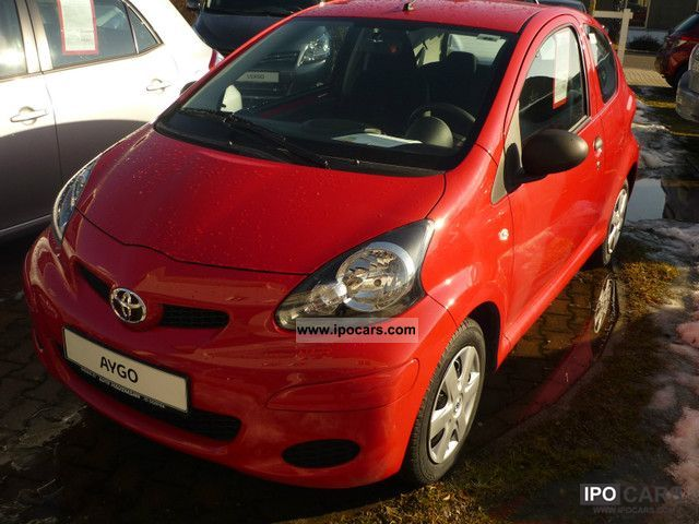 2011 Toyota  Aygo 1.0 (dt model!) Small Car New vehicle photo