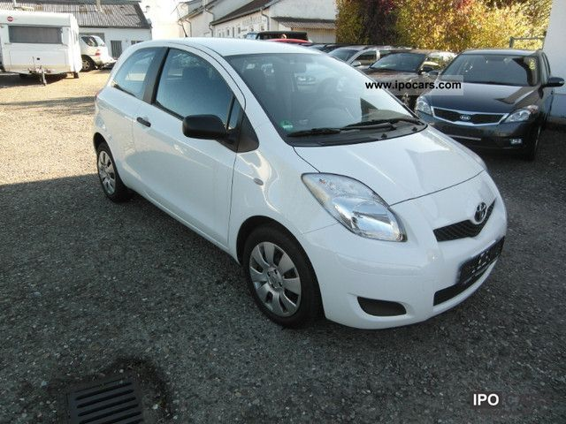 2010 toyota yaris 1 4 d 4d cool climate euro4 car photo and specs. Black Bedroom Furniture Sets. Home Design Ideas