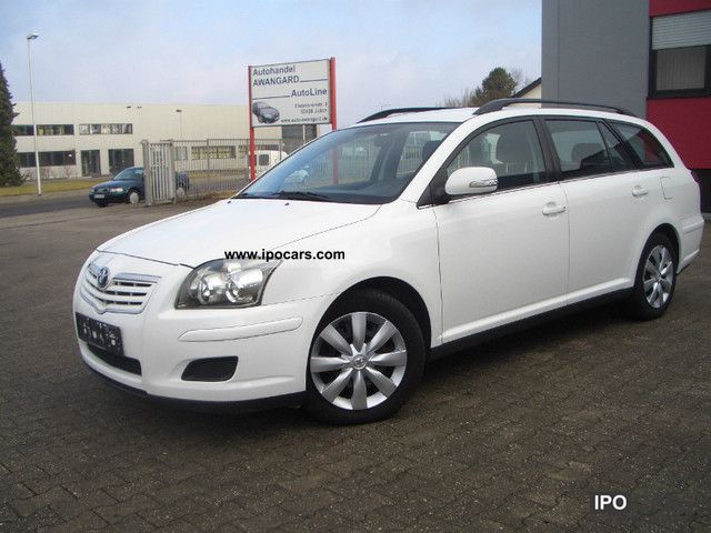 2009 Toyota  Avensis 2.0 D-4D Combi Executive Estate Car Used vehicle photo