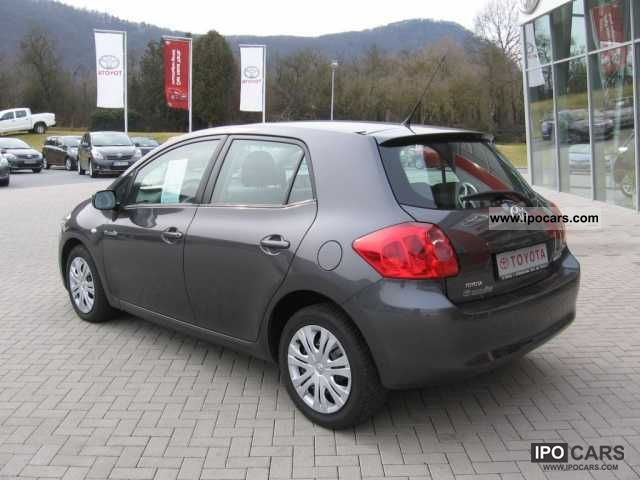 2009 toyota auris 2 0 d 4d sol car photo and specs. Black Bedroom Furniture Sets. Home Design Ideas