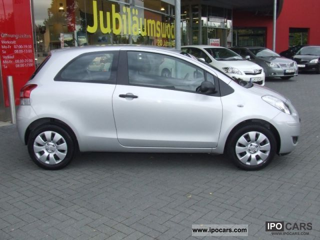 2011 Toyota Yaris 1 0 Cool 3tuerig Car Photo And Specs