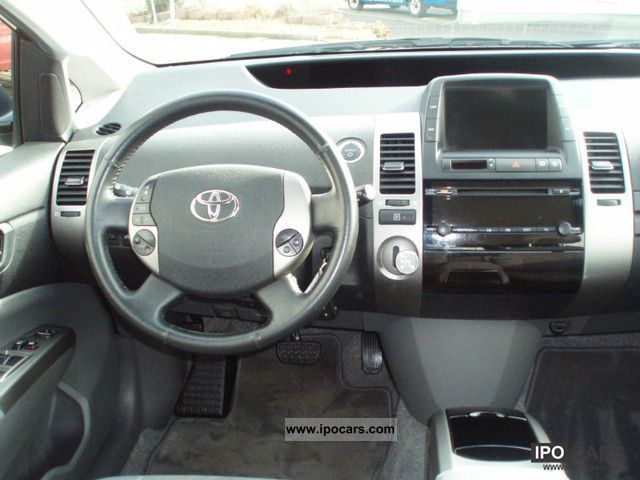 2006 Toyota Prius Hybrid Limousine Used Vehicle Photo