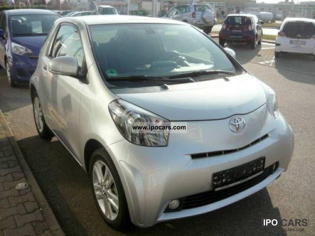 2009 Toyota  1:33 IQ plus Dual VVT-i - K-automatic Limousine Used vehicle photo