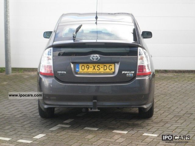Toyota  Prius 1.5 VVT-i Automaat Comfort PDC / Trekhaak 2007 Hybrid Cars photo