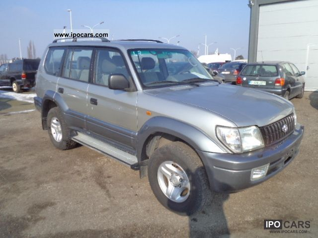 2003 toyota land cruiser 4x4 4 3 air cond 7 places car photo and specs. Black Bedroom Furniture Sets. Home Design Ideas