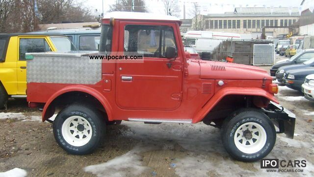 1979 Toyota  FJ 40 with TÜV AND AU Off-road Vehicle/Pickup Truck Used vehicle photo