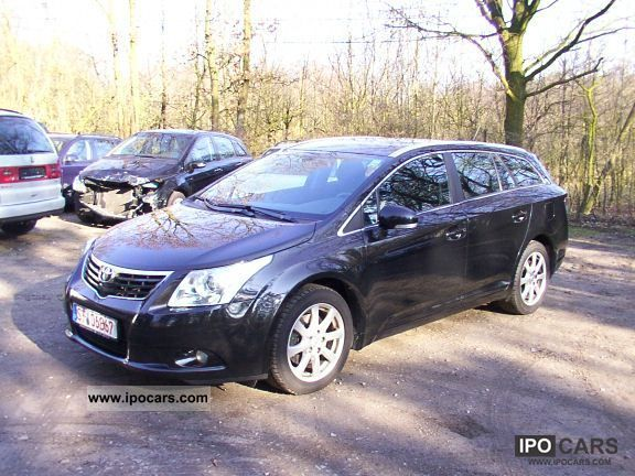2009 Toyota  Avensis 2.2 D-4D Estate Car Used vehicle photo