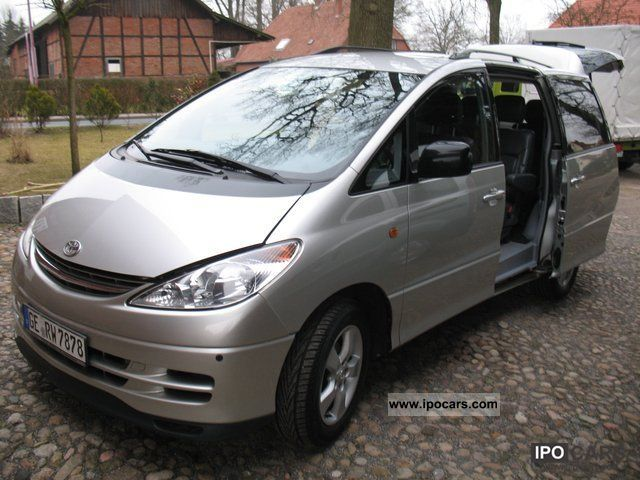 2002 Toyota  Executive Previa 2.4 Auto leather 6 seater Van / Minibus Used vehicle photo